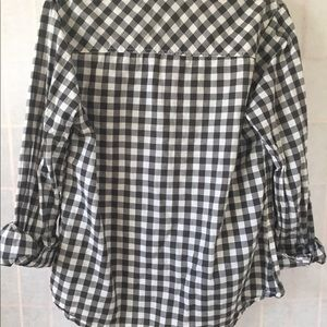Black and white chekard blouse